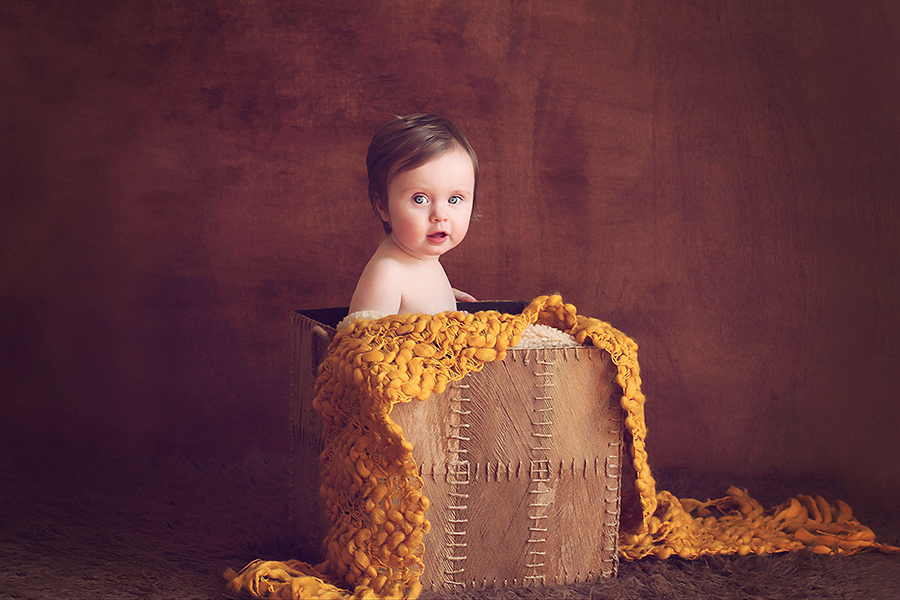 Baby in a basket, Melbourne newborn, baby and child photographer Lorna Kirkby Photography