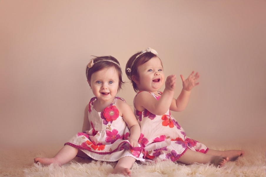 Twin girls, Melbourne newborn, baby and child photographer Lorna Kirkby Photography