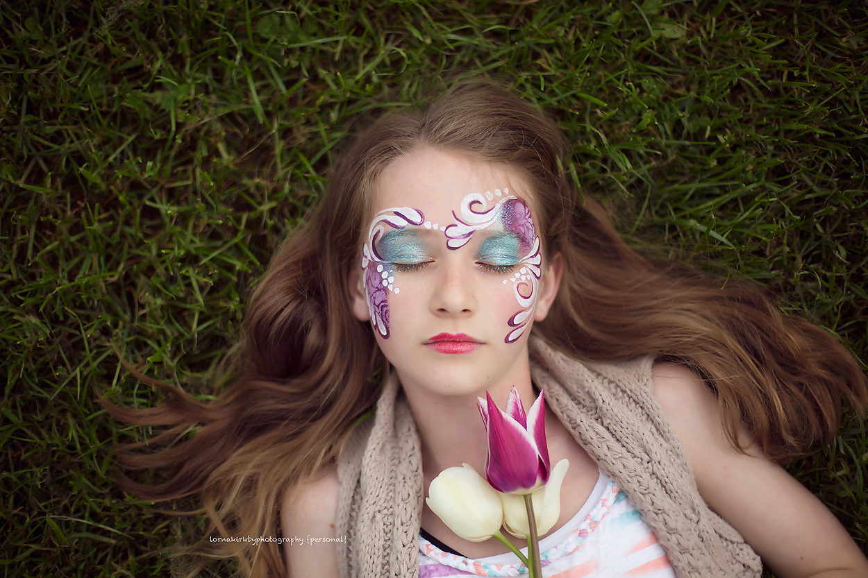 Another favourite image; angelic Hannah with the tulips and beautiful face paint design.