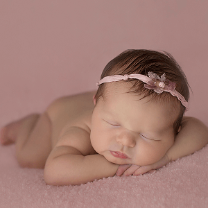 Newborn Portfolio by Lorna Kirkby Photography.