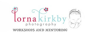 Newborn photography Melbourne mentoring badge.