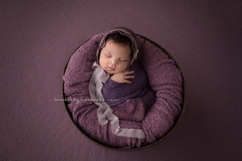 Newborn Portraits, May - Amelia