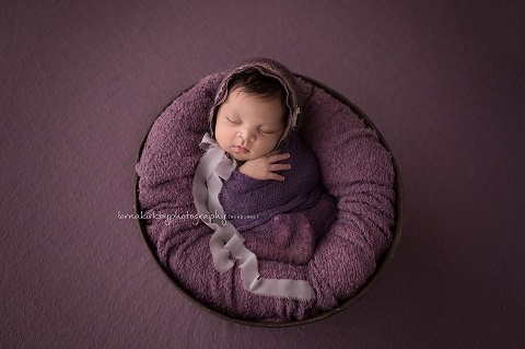 Newborn Photography Reservoir by Lorna Kirkby Photography